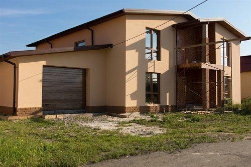 בניית בית פרטי כולל טיח וחיפויים