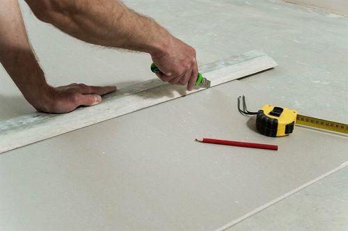 בניית קירות גבס לבית או למשרד
