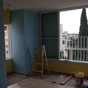 צביעת דירה בכחול