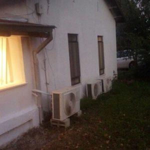 צביעת בית חיצונית בלבן