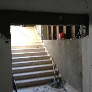 מדרגות למרתף