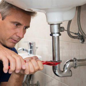 תיקון נזילה במקלחת
