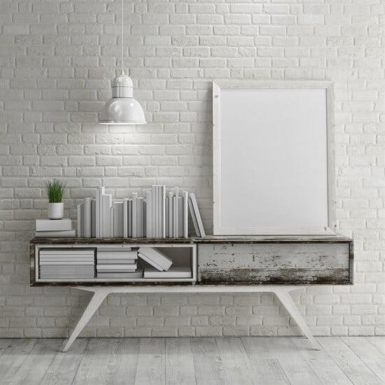 קיר בריקים בצבע לבן
