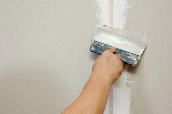 תיקון קירות גבס כולל איטום