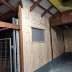 בניה קלה מעץ של חדר
