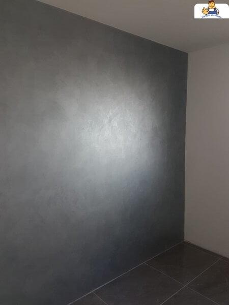 צבע לדירה דמוי קטיפה אפור